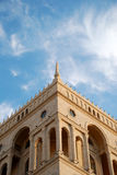 Bovenkant van het Huis van de Overheid in Baku, Azerbaijan Stock Afbeelding