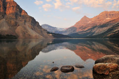 Bow Lake sunrise, Banff National Park Royalty Free Stock Photos