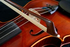 Bow and violin Royalty Free Stock Photo