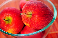 Bowl with apple Royalty Free Stock Photography