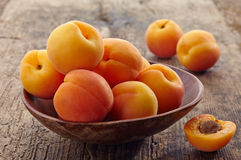Bowl of apricots Royalty Free Stock Image