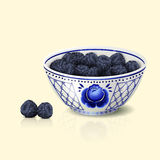 Bowl with blue floral ornament and blackberry Royalty Free Stock Photos
