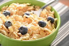 Bowl of Cereal with Blueberries Royalty Free Stock Images