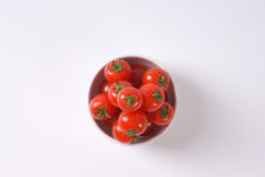 Bowl of cherry tomatoes Royalty Free Stock Images