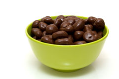 Bowl with chocolate raisins Royalty Free Stock Images