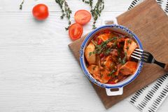 Bowl with delicious chicken cacciatore Royalty Free Stock Photos
