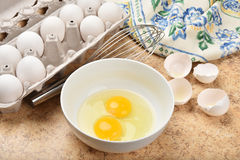 Bowl of eggs Stock Photos