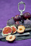 A bowl with fresh figs Royalty Free Stock Photography