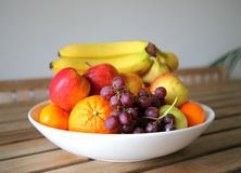 Bowl of fresh fruit Stock Photography