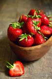 Bowl of fresh organic strawberry. Royalty Free Stock Photos