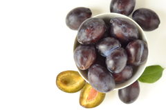 Bowl with fresh plums Royalty Free Stock Photography