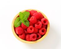 Bowl of fresh raspberries Royalty Free Stock Photos