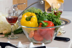 Bowl with fresh vegetables Royalty Free Stock Photography
