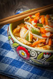 Bowl of fried chicken with vegetables. Royalty Free Stock Photos