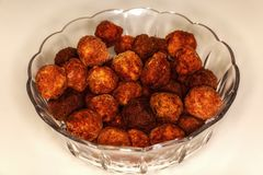 bowl with fried meatballs Royalty Free Stock Photos