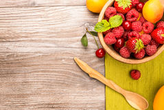 Bowl of healthy ripe fruit Royalty Free Stock Images