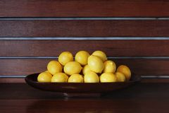 Bowl of Lemons Royalty Free Stock Image