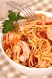 Bowl of linguine with shrimp Royalty Free Stock Images