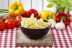 Bowl of macaroni Stock Photos