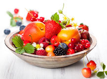 Bowl of mixed berries Stock Photography