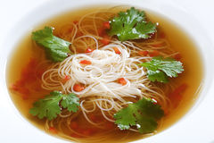 Bowl of noodle soup with beef broth Royalty Free Stock Photos