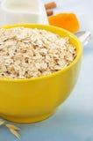 Bowl of oat flake Stock Photos