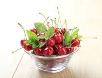 Free Bowl Of Fresh Cherries Royalty Free Stock Photos - 10430718