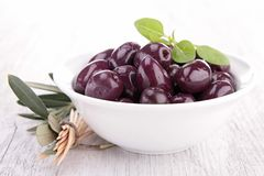 Bowl of olive Stock Images