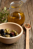 Bowl with olives and olive oil Stock Photography