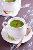 Bowl of pea soup Royalty Free Stock Photos