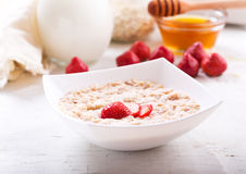 Bowl of porridge with strawberry Royalty Free Stock Photography
