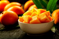 Bowl of sliced sweet mangoes. Royalty Free Stock Photos