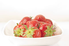 A bowl of strawbwrries Royalty Free Stock Photography
