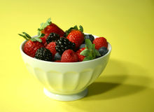 Bowl of a variety of berries Royalty Free Stock Photos