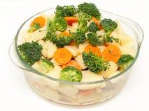 bowla den stewing grönsaken för den nya glass mixen Royaltyfri Fotografi