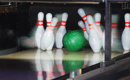 bowla lek Fotografering för Bildbyråer
