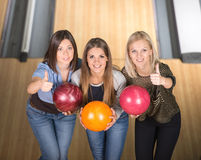 Free Bowling Royalty Free Stock Images - 46548369
