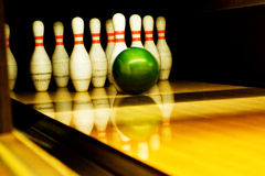 Bowling. Ten standing pins and bowl Royalty Free Stock Photography