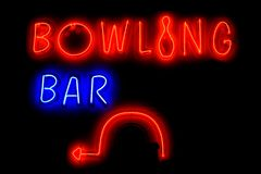 BOWLING BAR neon sign with arrow Royalty Free Stock Photography