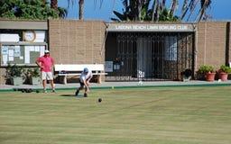 Bowling de pelouse en parc de Heisler, Laguna Beach california Images stock
