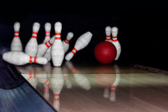 Free Bowling Strike Royalty Free Stock Images - 11746959