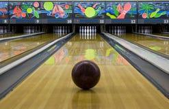 Bowlingspiel lizenzfreie stockfotografie