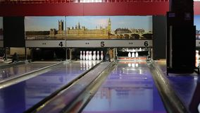 bowlingspiel stock video