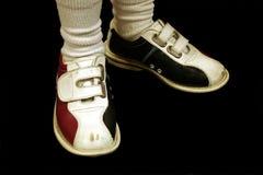 Bowlingspiel-Schuhe getrennt Stockfoto