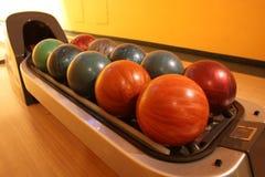 Bowlingspielkugeln Stockfoto
