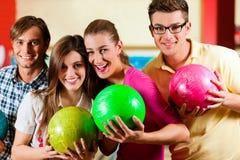 bowlingvängyckel som har Fotografering för Bildbyråer
