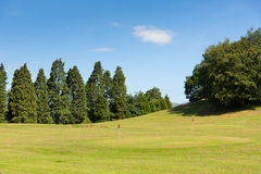 Bowness en distrito del lago Cumbria del campo de golf del golf de Windermere mini una actividad turística popular en verano Imagen de archivo