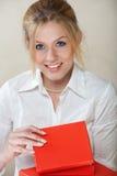box businesswoman red Στοκ φωτογραφία με δικαίωμα ελεύθερης χρήσης