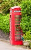 box den brittiska klassiska telefonen Arkivbilder
