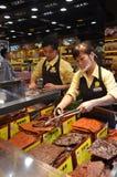 Box met traditioneel droog vleesvoedsel in Macao royalty-vrije stock afbeelding